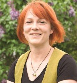 """Autoren: Mia Goller, Gemeinschaftsbuch: """"stimmt! 100 Jahre Frauenwahlrecht"""""""
