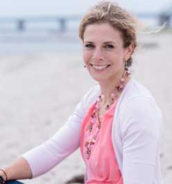 "Autoren: Sarah Schumacher, Gemeinschaftsbuch: ""Dufte Welt"""